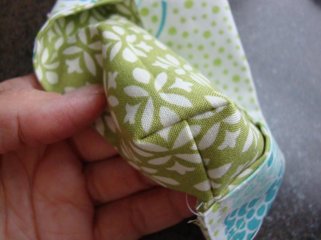 Pocket Tissue Holder - step 8 - themamasgirls.com