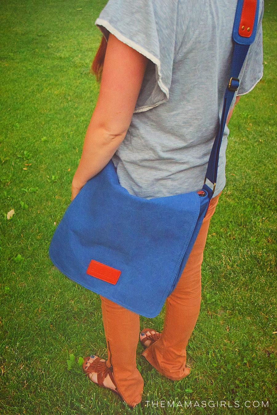 scortch messenger bag 2