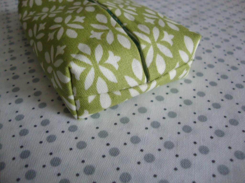 Pocket Tissue Holder - themamasgirls.com